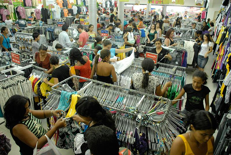 Roupas e calçados lideram compras por impulso 95fcf10e50279